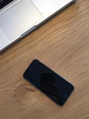 iPhone 5s spacegrau