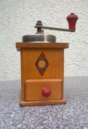 Kaffemühle aus Holz