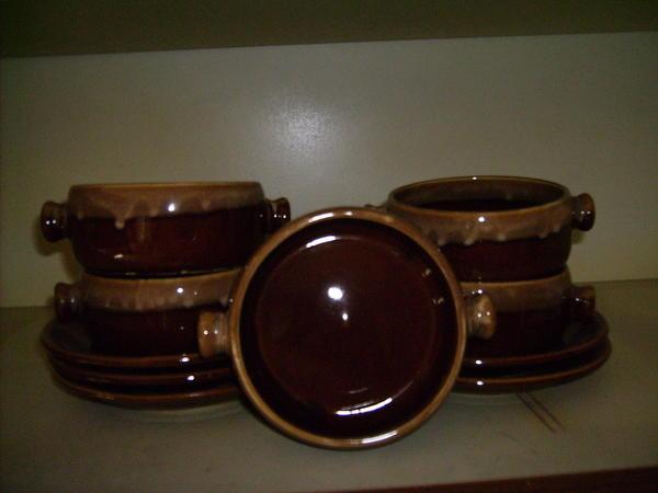 keramik suppentassen mit unterteller in karlsruhe geschirr und besteck kaufen und verkaufen. Black Bedroom Furniture Sets. Home Design Ideas
