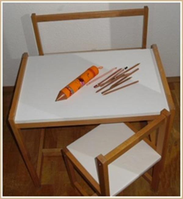 verkaufe hier eine sehr sch ne kindersitzgruppe die sitzfl chen von der bank und stuhl wurden. Black Bedroom Furniture Sets. Home Design Ideas