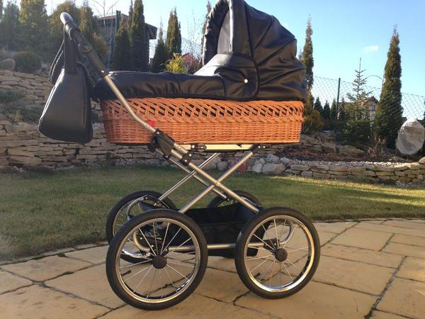 kinderwagen kombis kinderwagen tragen berlin. Black Bedroom Furniture Sets. Home Design Ideas