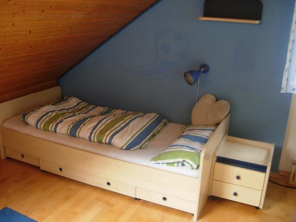 jugendzimmer komplett kaufen gebraucht und g nstig. Black Bedroom Furniture Sets. Home Design Ideas