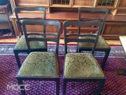 Klassische Esszimmerstühle