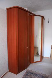 Kleider-Eckschrank 187x