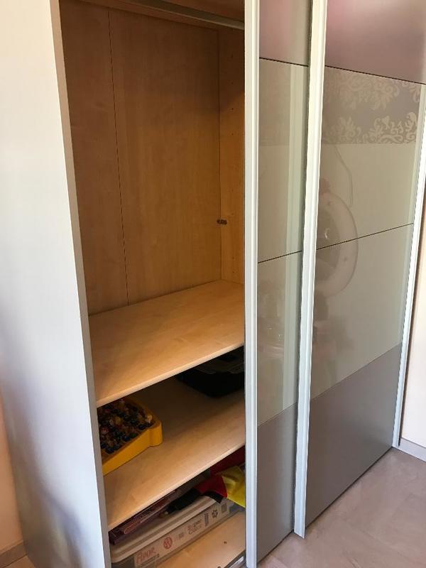 kleiderschrank in frankenthal schr nke sonstige. Black Bedroom Furniture Sets. Home Design Ideas