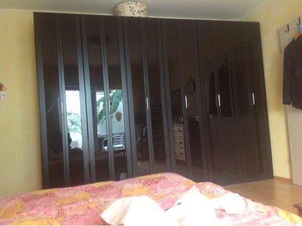 hochglanz schrank neu und gebraucht kaufen bei. Black Bedroom Furniture Sets. Home Design Ideas