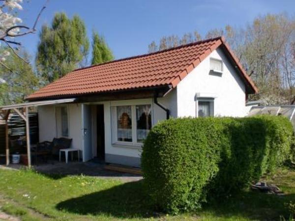 kleingarten 10 km s dich von berlin zu verkaufen. Black Bedroom Furniture Sets. Home Design Ideas