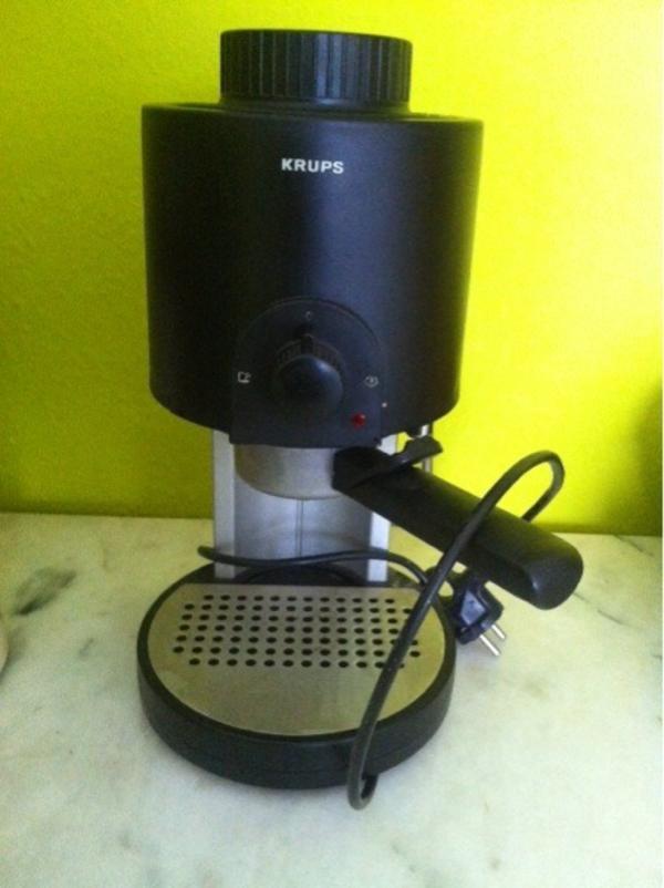 krups espressomaschine in karlsruhe kaffee espressomaschinen kaufen und verkaufen ber. Black Bedroom Furniture Sets. Home Design Ideas