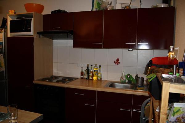 Küche bordeaux/Buche Nachbildung in Ludwigshafen - Küchenzeilen ...