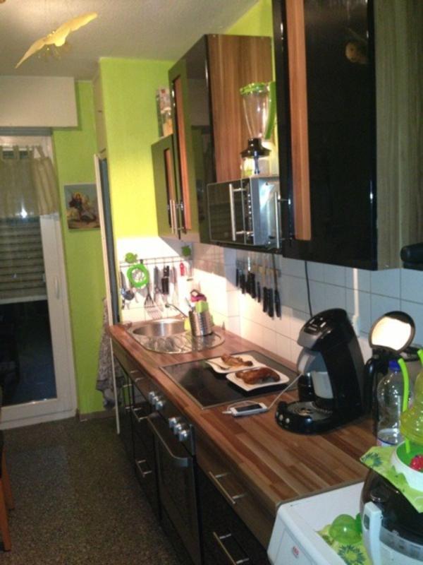 k che hochglanz schwarz mit ceran kochfeld u backofen zu verkaufen. Black Bedroom Furniture Sets. Home Design Ideas