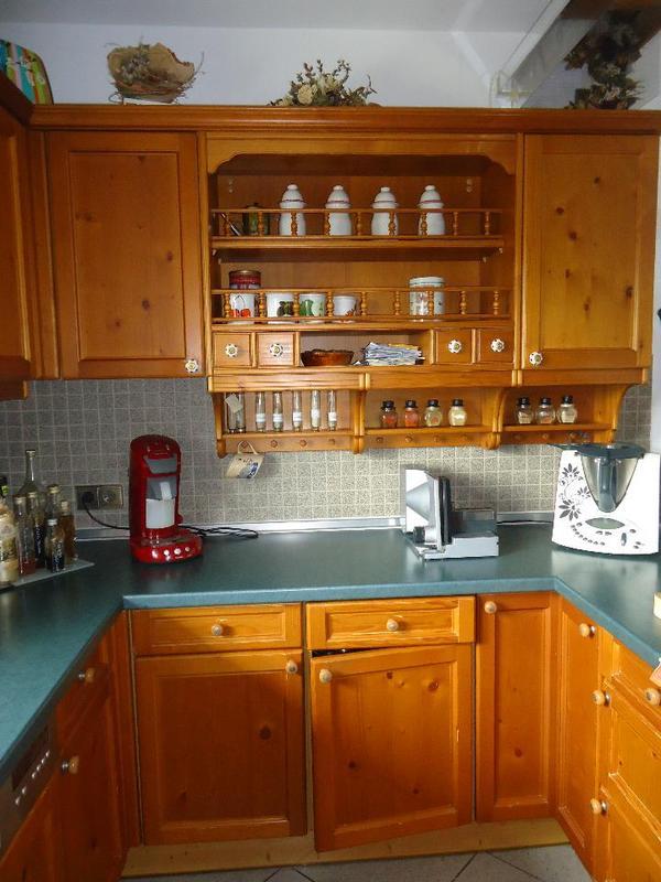 wir trennen uns von unserer k che der marke leicht im landhausstil die k che ist sehr gut. Black Bedroom Furniture Sets. Home Design Ideas