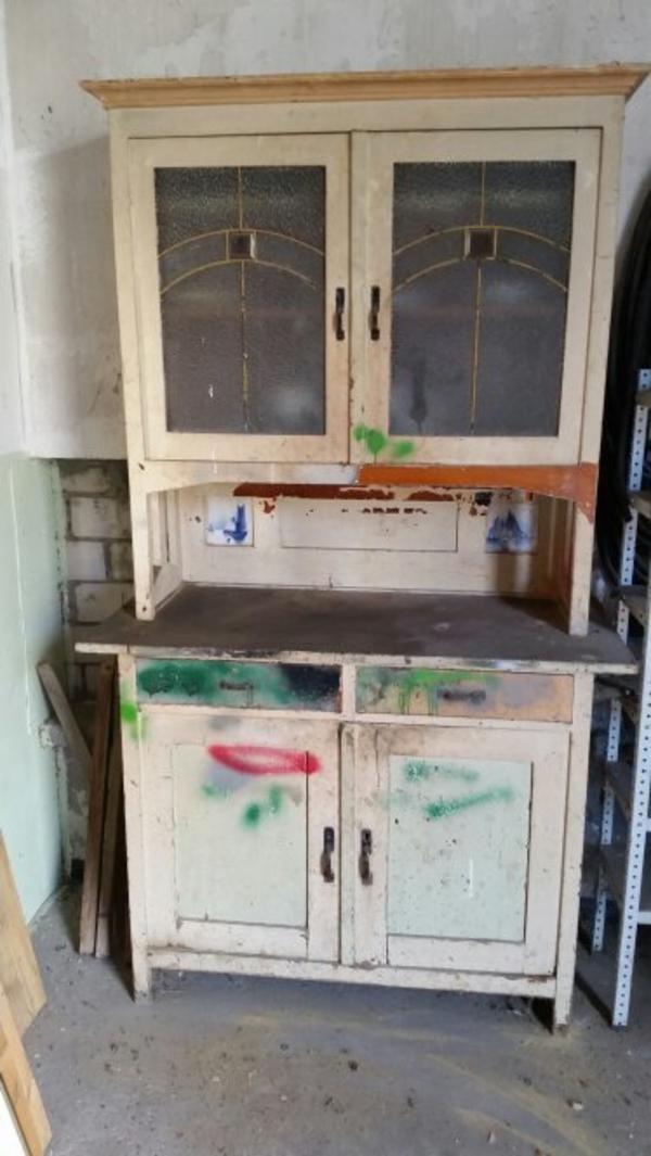 k chenschrank in reinheim schr nke antiquarisch kaufen und verkaufen ber private kleinanzeigen. Black Bedroom Furniture Sets. Home Design Ideas