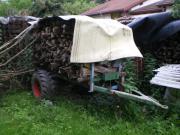 Landwirtschaftlicher Holzhänger zu