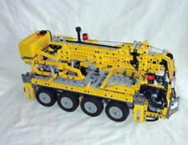 lego 8421 technic autokran aufgebaut anleitung unbespielt in hardthausen spielzeug lego. Black Bedroom Furniture Sets. Home Design Ideas