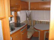 LMC Wohnwagen zu