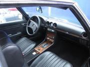 Mercedes W 107