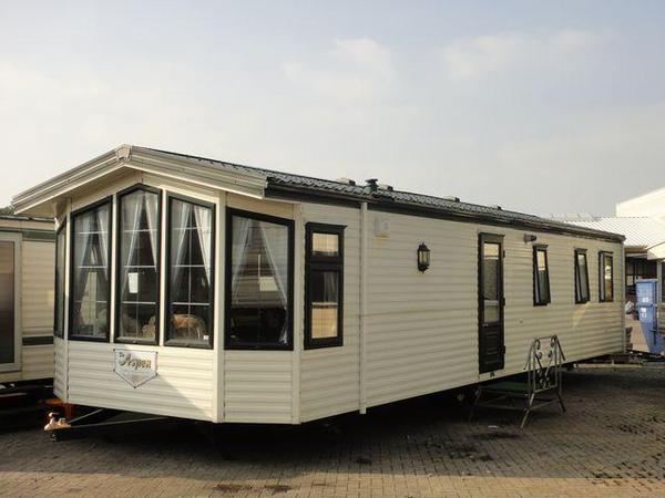 mobilheim holz hutte trailer buro winterfest container neu dauerwohnung chalet caravan in. Black Bedroom Furniture Sets. Home Design Ideas