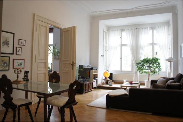 m blierte 3 zimmer altbauwohnung auf zeit in berlin vermietung 3 zimmer wohnungen kaufen und. Black Bedroom Furniture Sets. Home Design Ideas