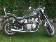 Motorrad Kawasaki 700