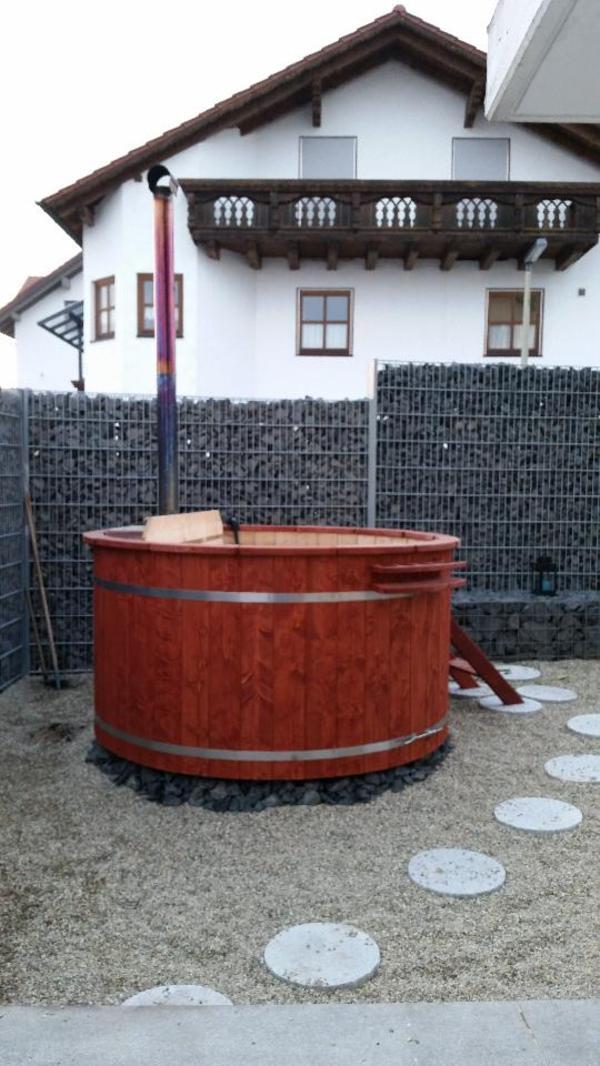 neu badezuber hot tubs badef sser badebottich badetonnen in rottenburg sonstiges f r den. Black Bedroom Furniture Sets. Home Design Ideas