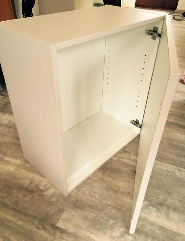hangeschrank kuche gebraucht kaufen nur 2 st bis 65. Black Bedroom Furniture Sets. Home Design Ideas