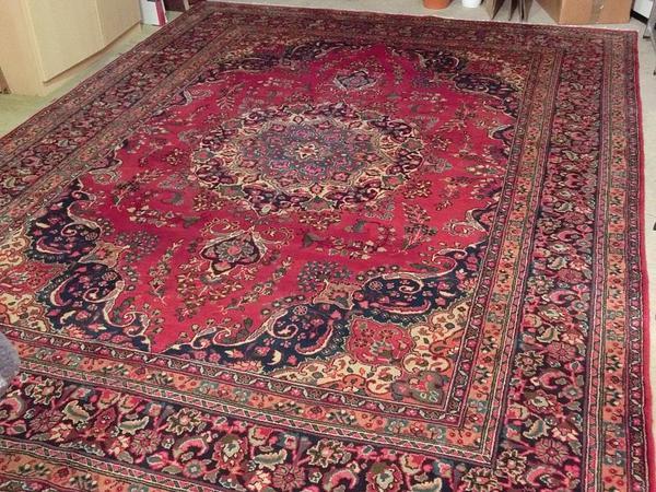 Neuer Teppich (Persien, handgeknüft) in Nürnber