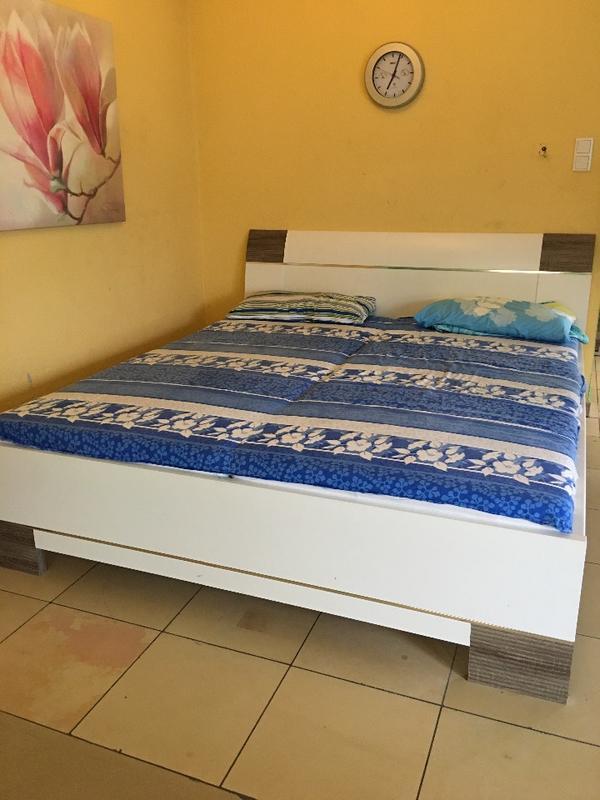 hochglanz schlafzimmer neu und gebraucht kaufen bei. Black Bedroom Furniture Sets. Home Design Ideas