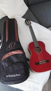 NEUWERTIGE Ortega Kindergitarre