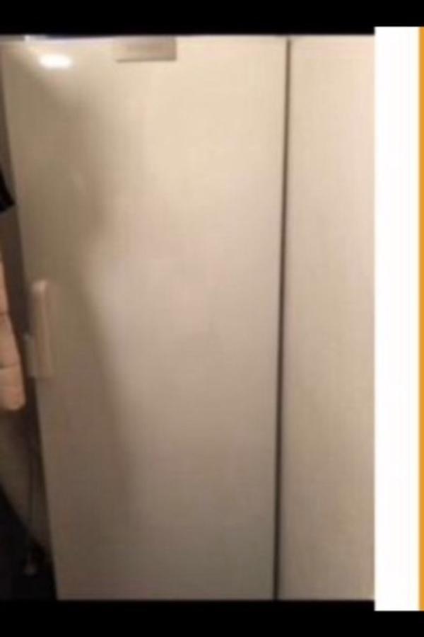 siemes gefrierschrank kleinanzeigen haushaltsger te. Black Bedroom Furniture Sets. Home Design Ideas