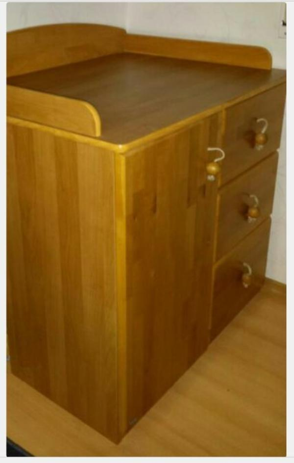 paidi wickelkommode plus passendes regal in aschaffenburg. Black Bedroom Furniture Sets. Home Design Ideas