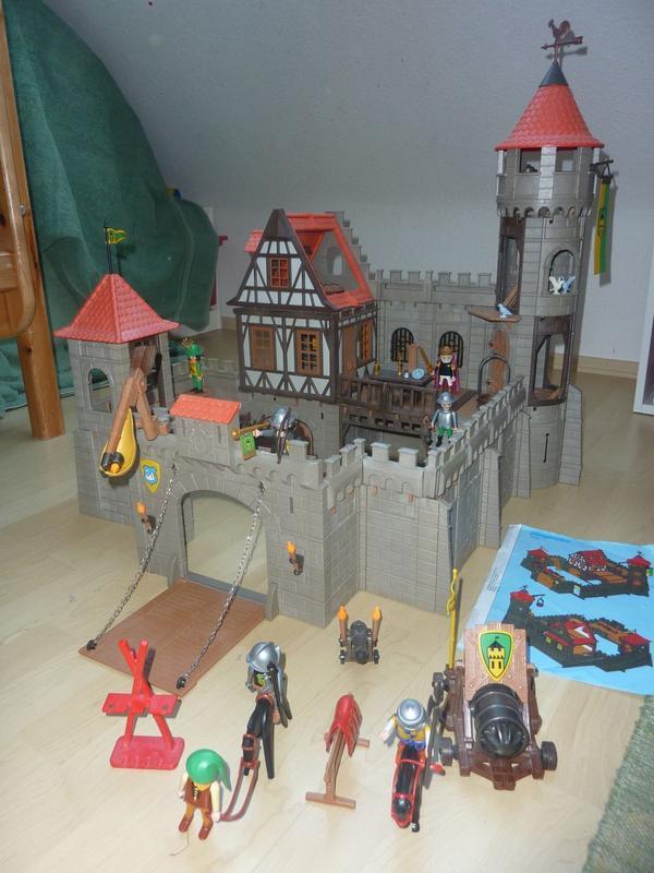playmobil ritterburg 3666 mit bauanleitung in niedernhausen spielzeug lego playmobil kaufen. Black Bedroom Furniture Sets. Home Design Ideas
