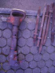 Presslufthammer mit Meisseln