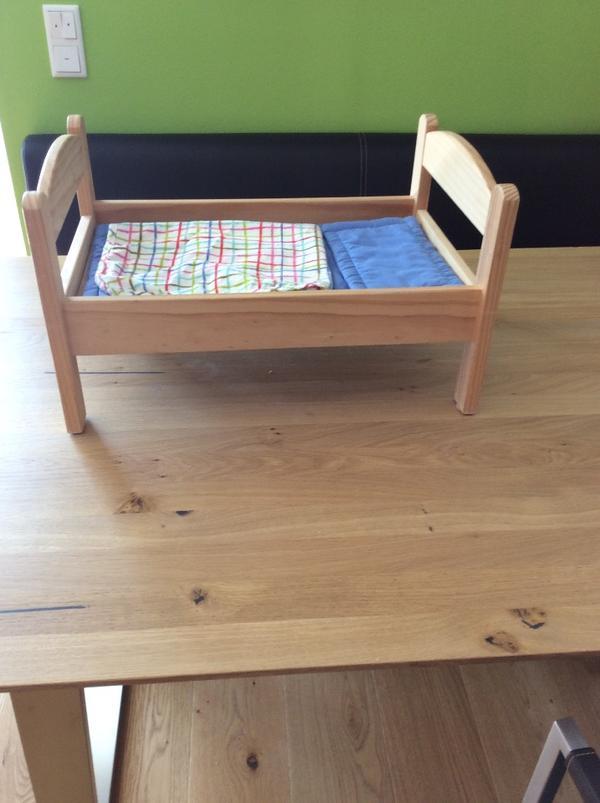 puppenbett aus holz kaufen gebraucht und g nstig. Black Bedroom Furniture Sets. Home Design Ideas