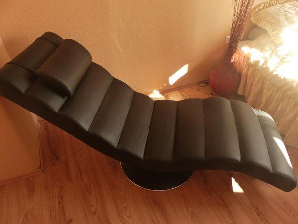 relaxliege schwarz echt leder mit metall fu in. Black Bedroom Furniture Sets. Home Design Ideas