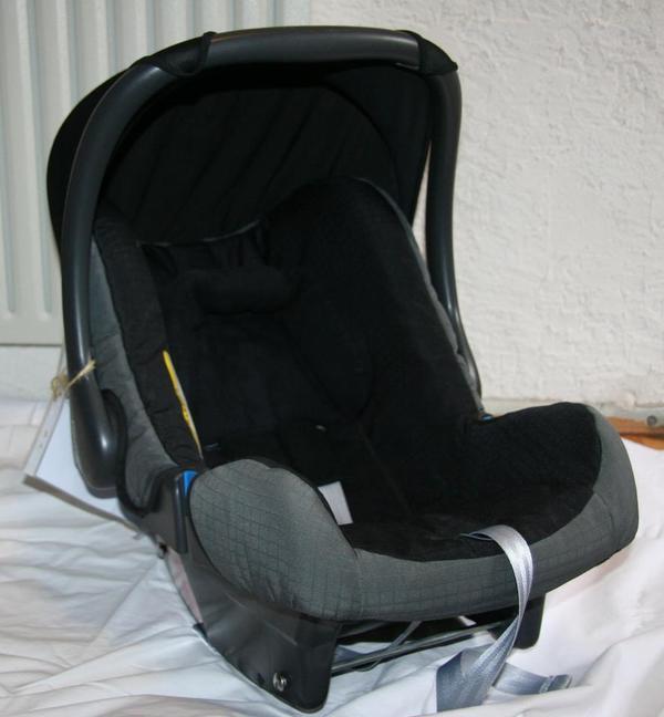 r mer baby safe babyschale isofix oder 3 punkt gurt in. Black Bedroom Furniture Sets. Home Design Ideas