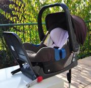 """RÖMER Baby Safe Plus II inkl. Isofix-Base und Regenhaube Wir verkaufen hier eine gut erhaltene gebrauchte Babyschale \""""Baby-Safe Plus II\"""" der Marke BRITAX RÖMER in der Farbe \""""Rose Star\"""" inklusive Isofix-Base ... 99,- D-42859Remscheid Bliedinghausen Heu - RÖMER Baby Safe Plus II inkl. Isofix-Base und Regenhaube Wir verkaufen hier eine gut erhaltene gebrauchte Babyschale """"Baby-Safe Plus II"""" der Marke BRITAX RÖMER in der Farbe """"Rose Star"""" inklusive Isofix-Base"""