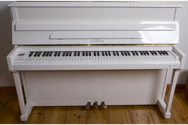 klavier weisses neu und gebraucht kaufen bei. Black Bedroom Furniture Sets. Home Design Ideas