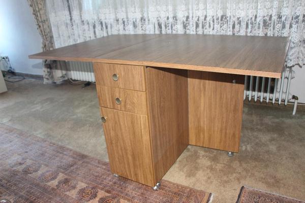schrank schr nkchen zum tisch umbaubar braun in. Black Bedroom Furniture Sets. Home Design Ideas