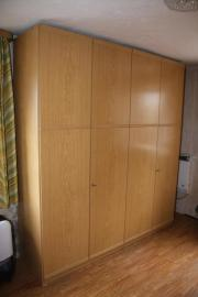 Schrankwand / 2 Kleiderschränke