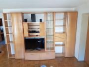 Schrankwand aus Holz