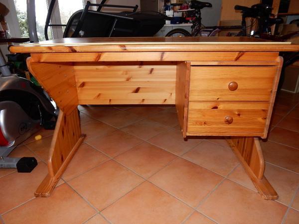 kiefer schreibtisch neu und gebraucht kaufen bei. Black Bedroom Furniture Sets. Home Design Ideas