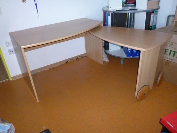 schreibtisch mit schwenkbarer arbeitsplatte und rollcontainer in straubenhardt kinder. Black Bedroom Furniture Sets. Home Design Ideas