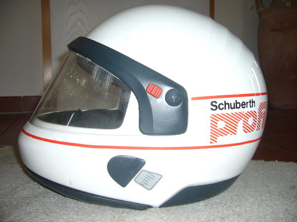 schuberth profil motorradhelm gr 56 57 in tigheim. Black Bedroom Furniture Sets. Home Design Ideas