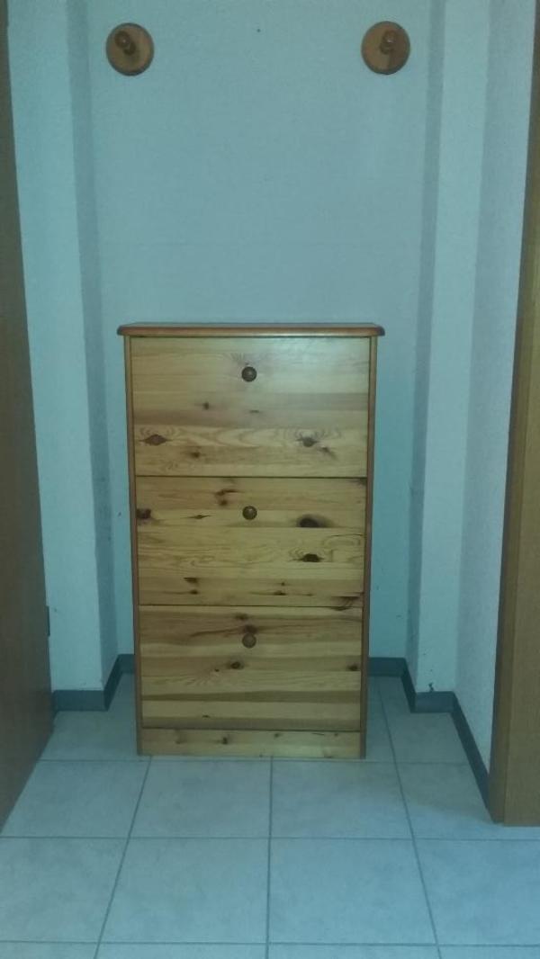 schuhschrank kiefer kaufen gebraucht und g nstig. Black Bedroom Furniture Sets. Home Design Ideas