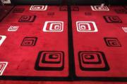 Schwarz Roter Teppich