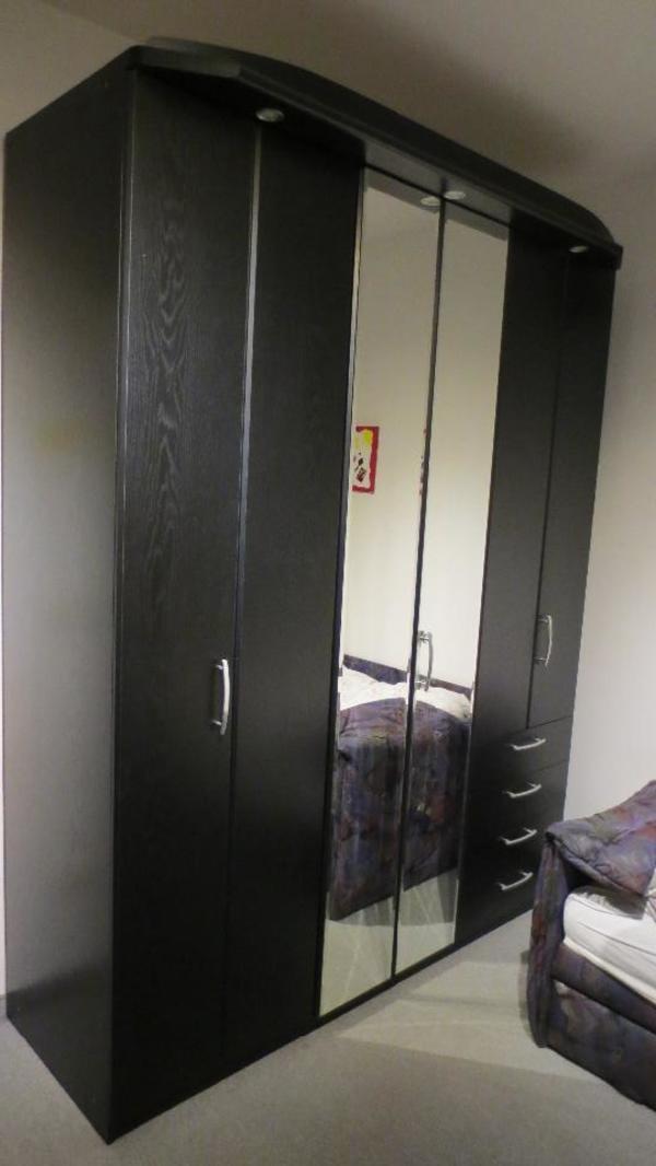 kleiderschrank schwarz gebraucht kaufen nur 3 st bis 75 g nstiger. Black Bedroom Furniture Sets. Home Design Ideas