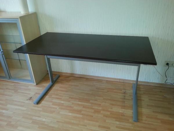 Ikea Malm Bett Frühstückstisch ~ robuster schreibtisch sehr robuster und stabiler schreibtisch von ikea