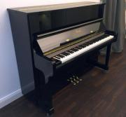 Steinway & Sons Klavier