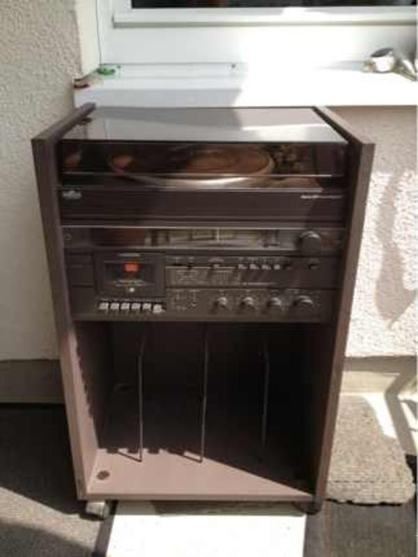 hifi rack 510 samt stereoanlage schneider power an bastler in starnberg stereoanlagen t rme. Black Bedroom Furniture Sets. Home Design Ideas
