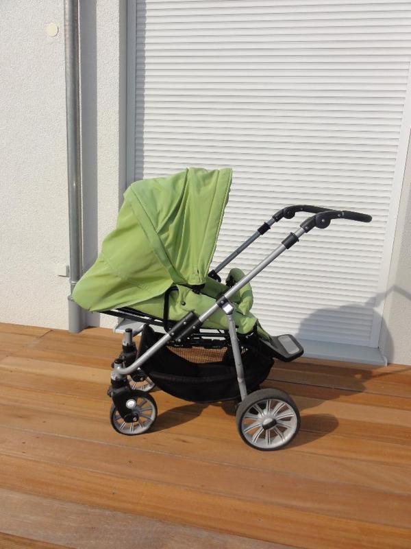 teutonia fun system 2008 apfelgr n mit dunkelblauer tragetasche in m nchen kinderwagen kaufen. Black Bedroom Furniture Sets. Home Design Ideas